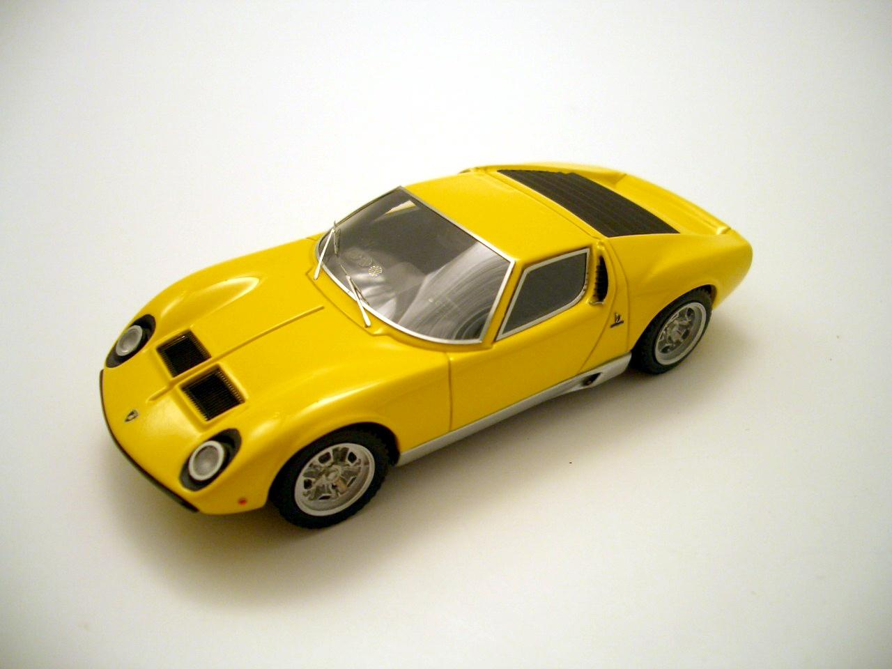 Lamborghini Miura Sv 1971 1 43 Looksmart Models