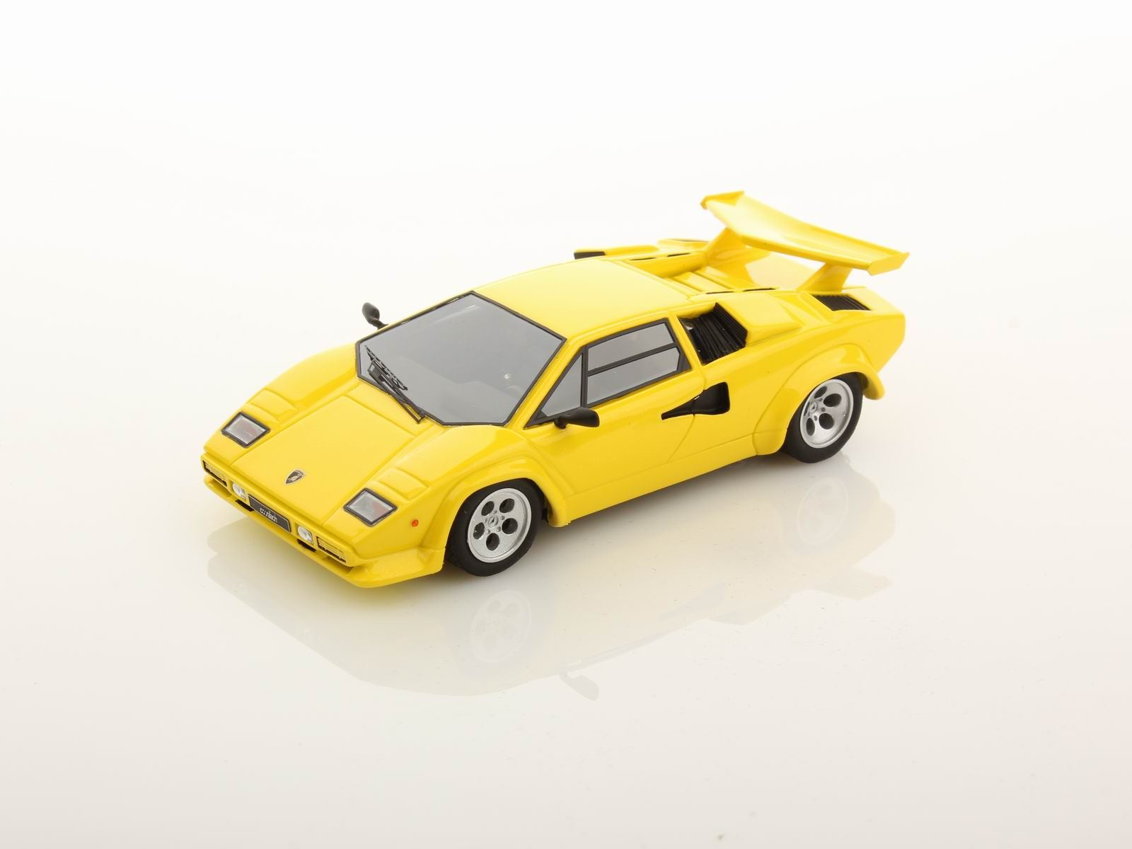 lamborghini countach lp 500s 1982 1 43 looksmart models. Black Bedroom Furniture Sets. Home Design Ideas