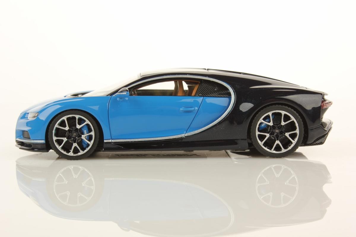 bugatti chiron 1:43   looksmart models