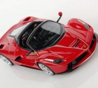 Ferrari-LaFerrari-Aperta-1-43-red_03