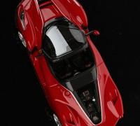 Ferrari-LaFerrari-Aperta-1-43-red_05