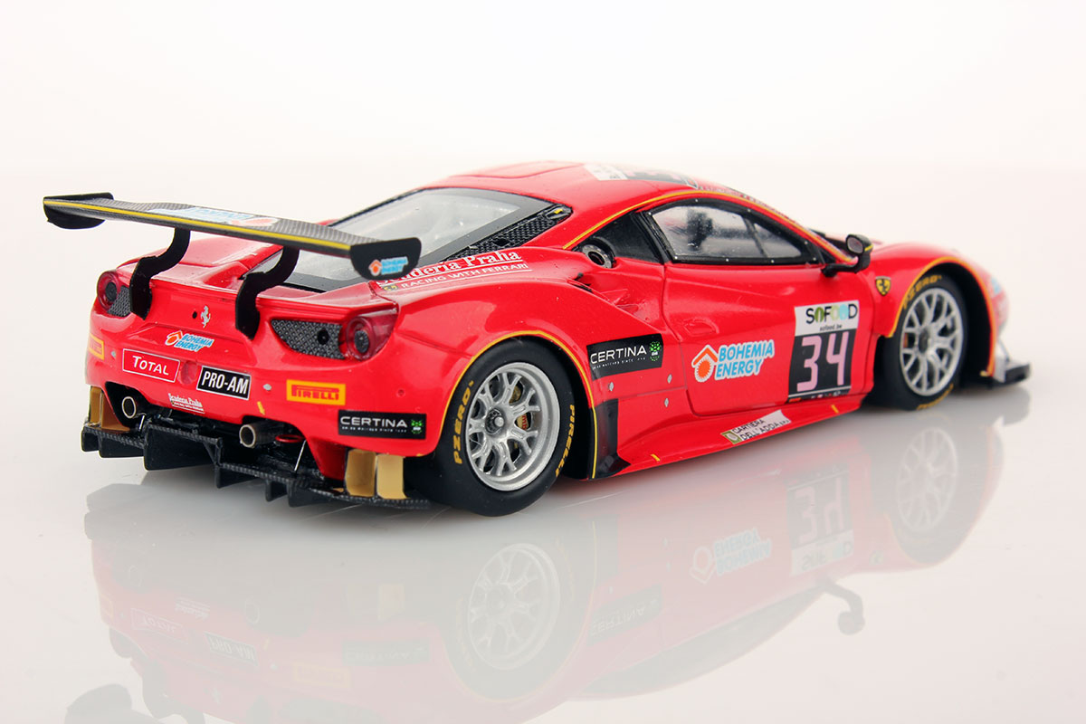 ferrari 488 gt3 spa 2016 34 scuderia praha 1 43 looksmart models. Black Bedroom Furniture Sets. Home Design Ideas