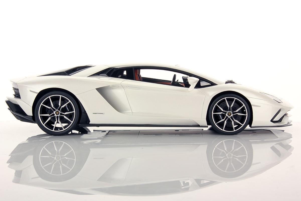 Lamborghini Aventador S 1 43 Looksmart Models