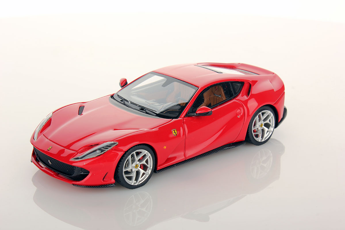 ferrari 812 superfast 1 43 looksmart models. Black Bedroom Furniture Sets. Home Design Ideas