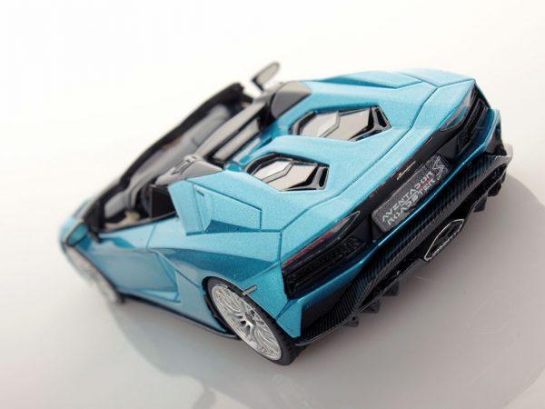 Lamborghini Aventador S Roadster 1:43