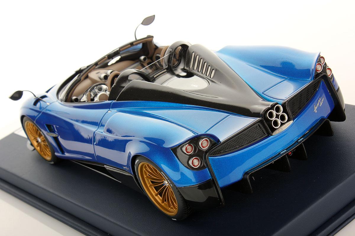 DS pagani huayra roadster : Pagani Huayra Roadster 1:18 | Looksmart Models