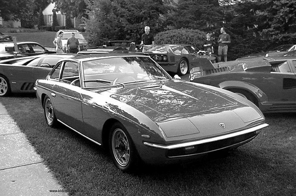 Lamborghini Islero 1:18 1:43