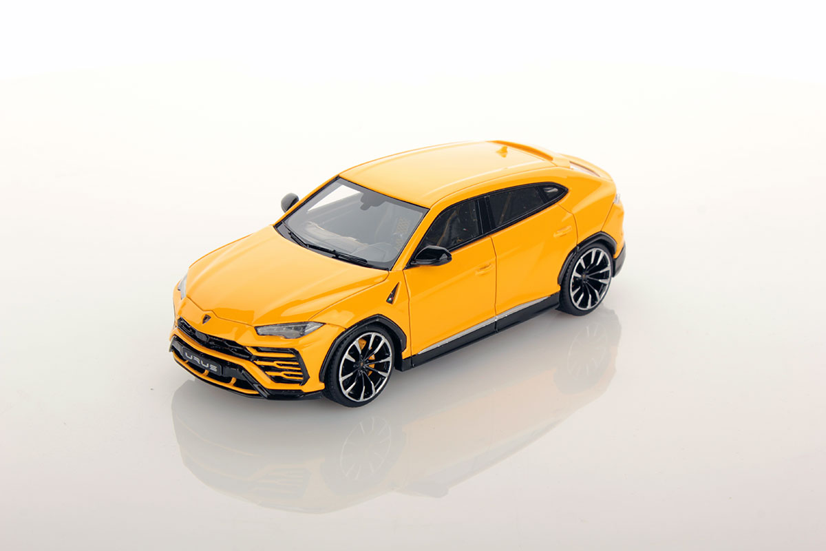 lamborghini urus 1 43 looksmart models. Black Bedroom Furniture Sets. Home Design Ideas