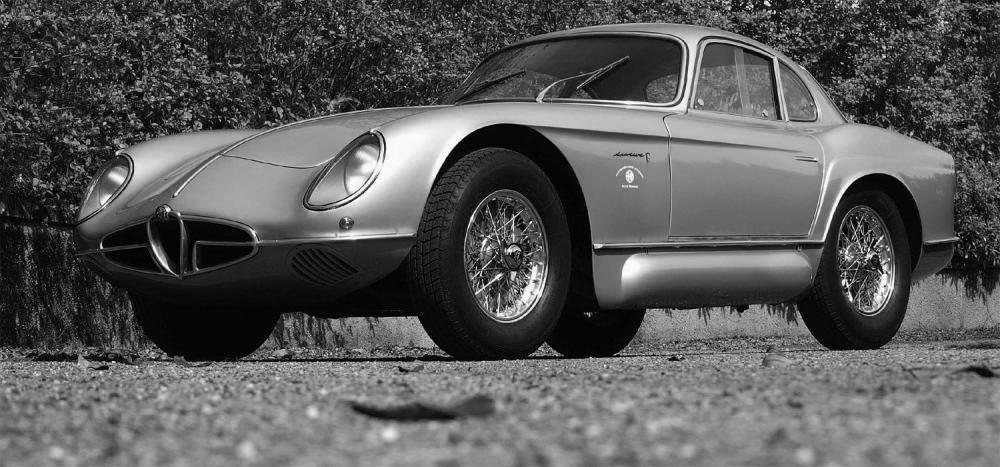 Alfa Romeo 2000 Sportiva Bertone 1:18