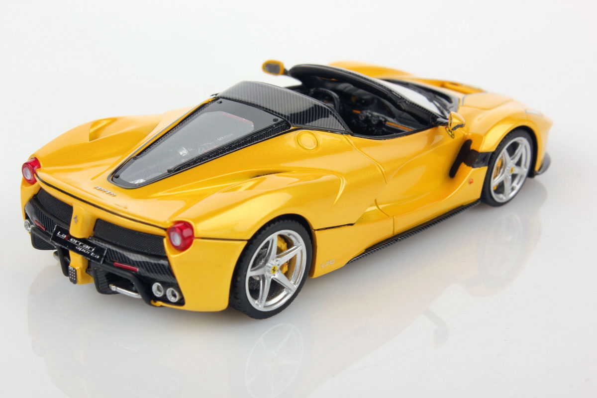 ferrari laferrari aperta 1 43 looksmart models. Black Bedroom Furniture Sets. Home Design Ideas