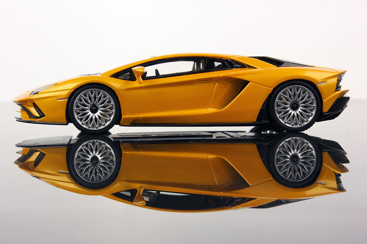 Lamborghini Aventador S Looksmart Models