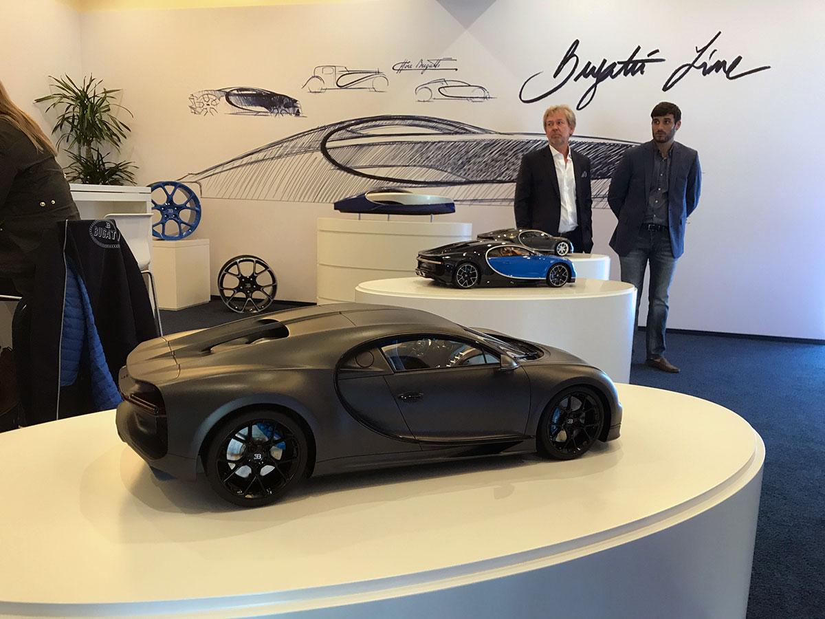 Bugatti Chiron in 1:8 scale by MR Collection Models @Bugatti