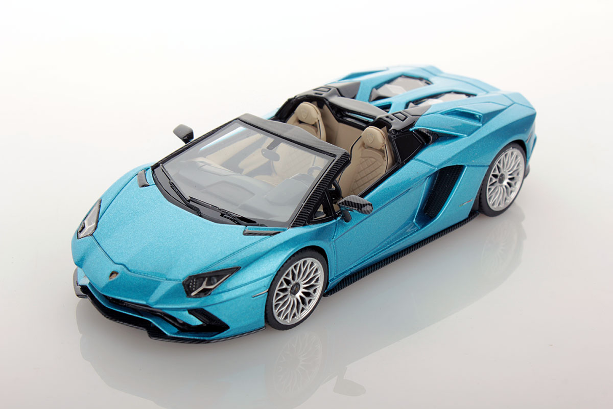 lamborghini aventador s roadster 1 43 looksmart models. Black Bedroom Furniture Sets. Home Design Ideas