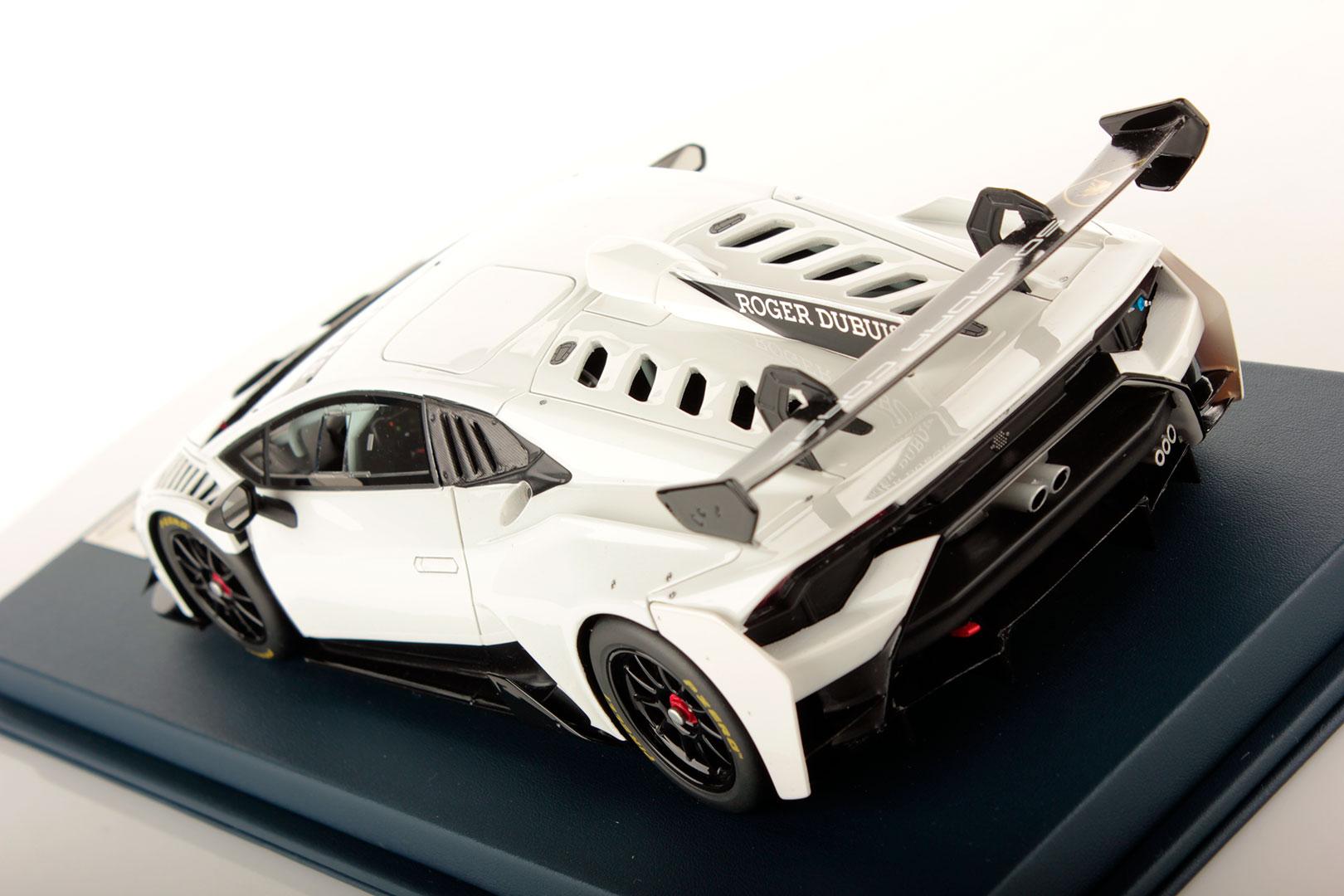 Lamborghini Huracan Super Trofeo Evo Shiny White 1 18 Looksmart Models