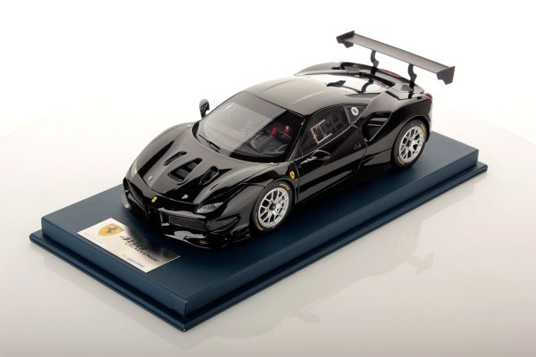 Ferrari 488 Challenge 1:18