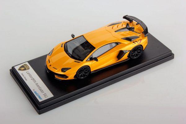 Lamborghini SVJ Giallo Orion 1:43