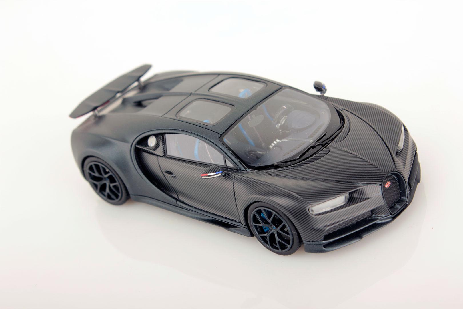 Bugatti Chiron 110 Ans Wing Up 1 43 Looksmart Models